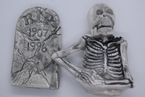 SKELETON WITH TOMBSTONE