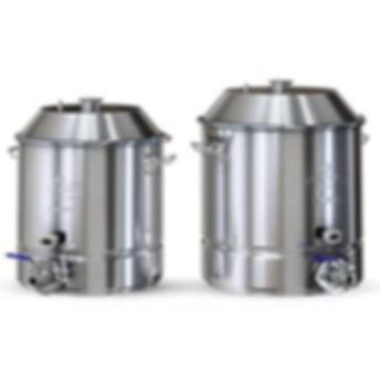 Новички сомневаются в объёме куба, пока не начнут гнать зерновую брагу (виски, бурбон). Для сахарной браги объем <30 л достаточен (крепость её до 20%), но для зерновой этого мало. Зерновые не выбраживают крепче 6-7 градусов (пиво - 4-5%) и в 35 л такой браги всего 2 л спирта (в сахарной ≈ в 3 раза больше). Поэтому min рекомендуемый объём для перегонки любой браги - более 30 л.