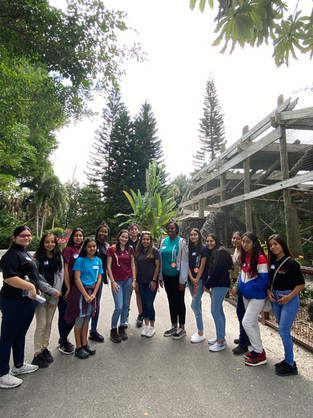 SSTRIDE Collier gets tour of Naples Zoo after Steminist Movement workshop
