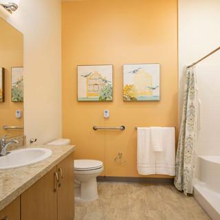 Model Unit Yellow Bathroom