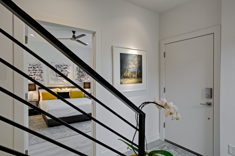 3880 Munger Avenue #5-Updated-6.jpg