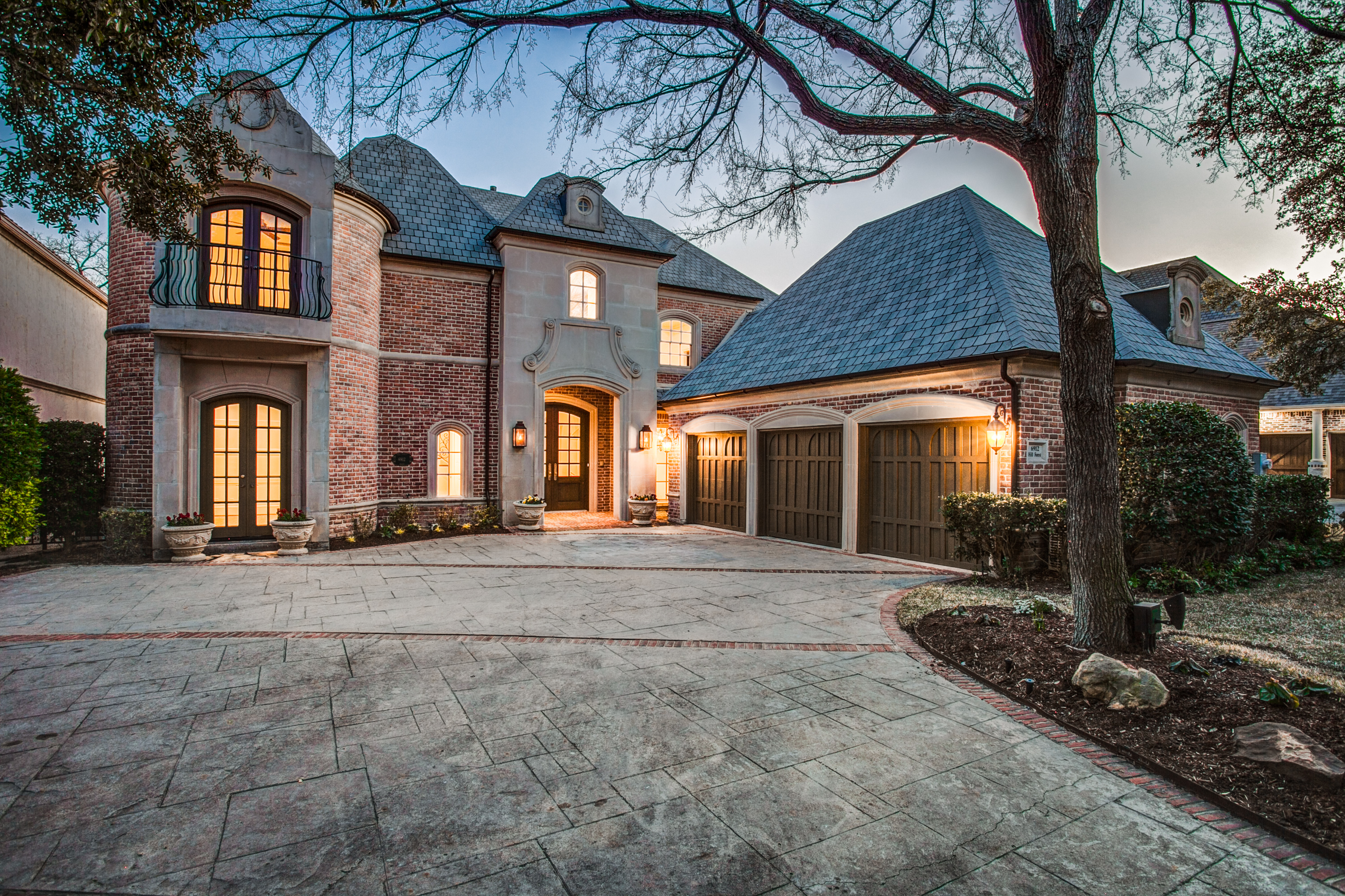 6912-hill-forest-dr-dallas-tx-High-Res-1