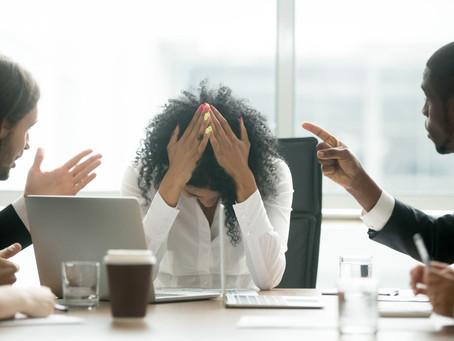 A vida dupla de um funcionário: O limite pessoal e profissional