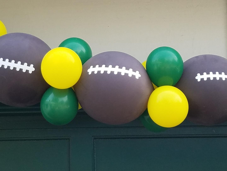 football garland closeup.jpg