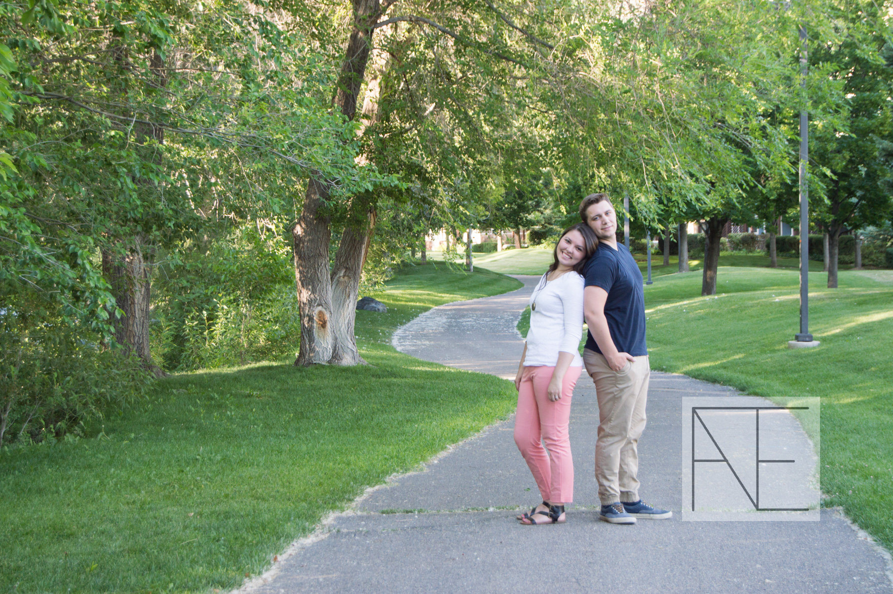 engagement photography trail