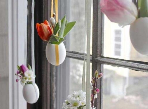 Home Decor: Easter Tree And Door Wreath