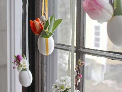 Home Decor: Easter Tree And Door Wreath