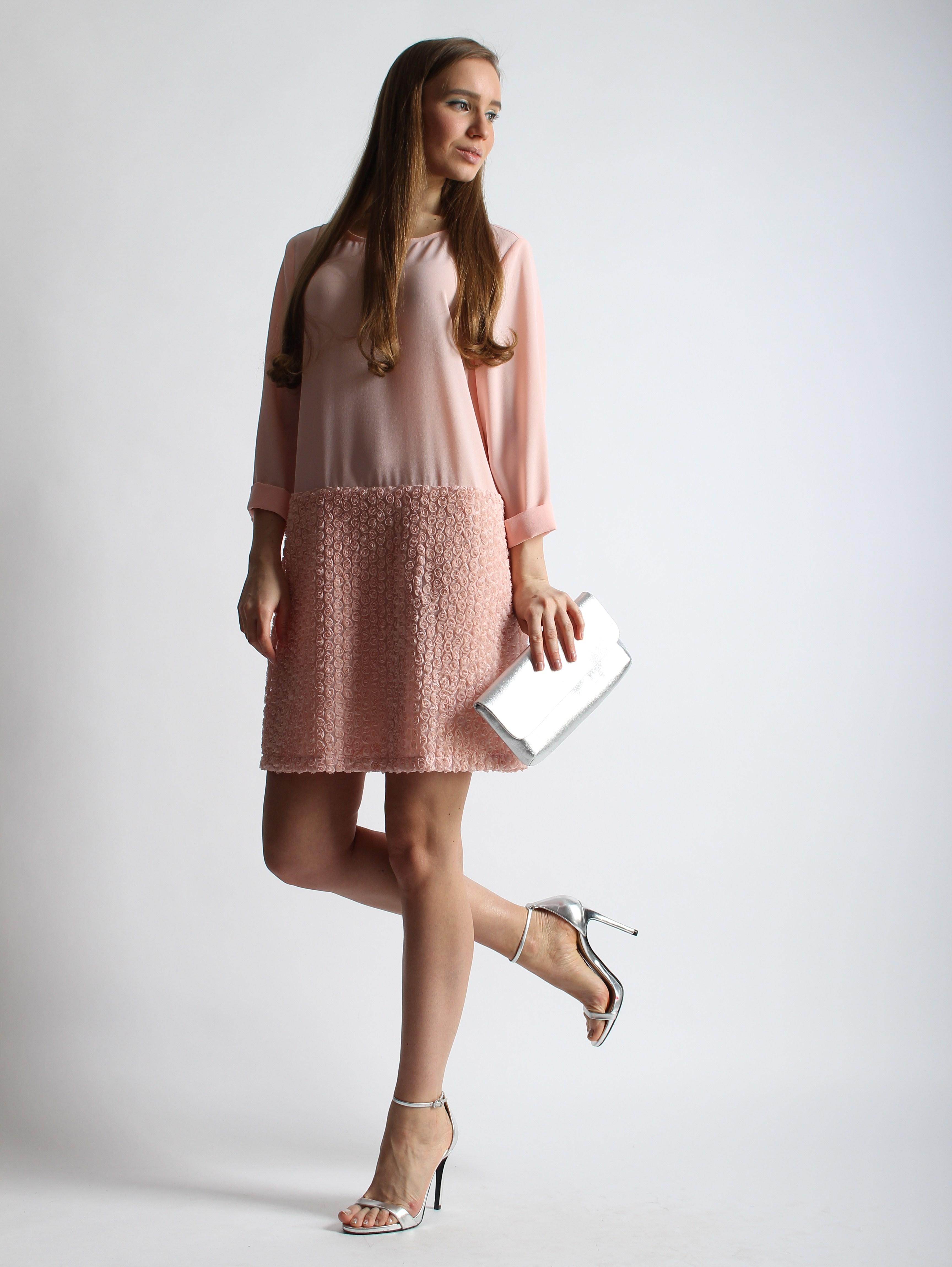 Платье из креп-шифона