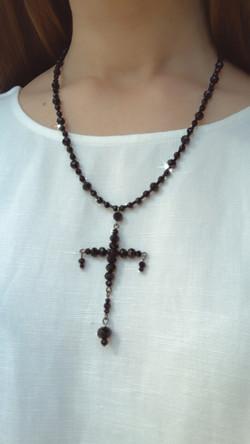 Колье с крестом