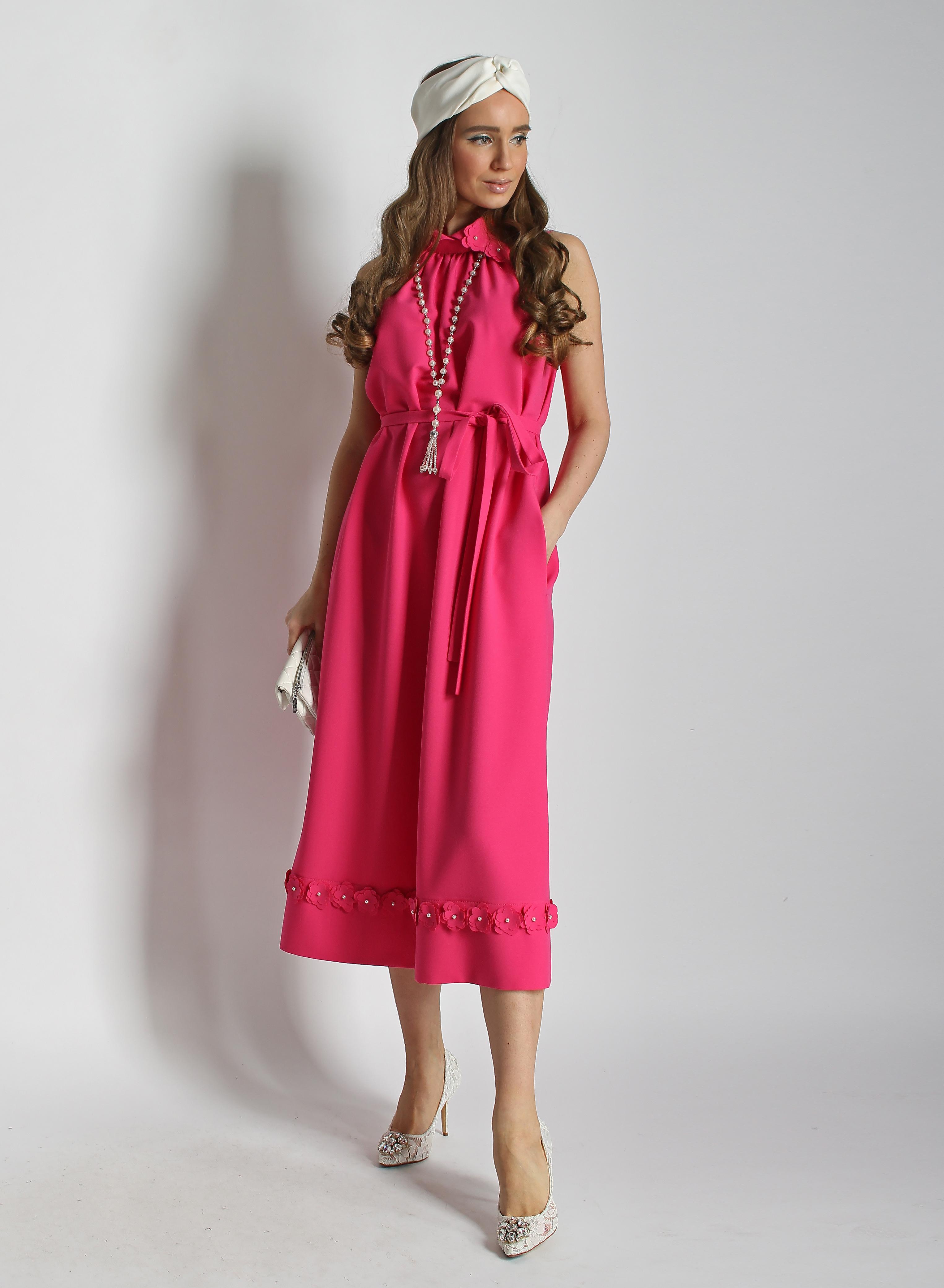 Платье с карманами и цветами