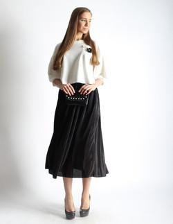 Свитер и юбка