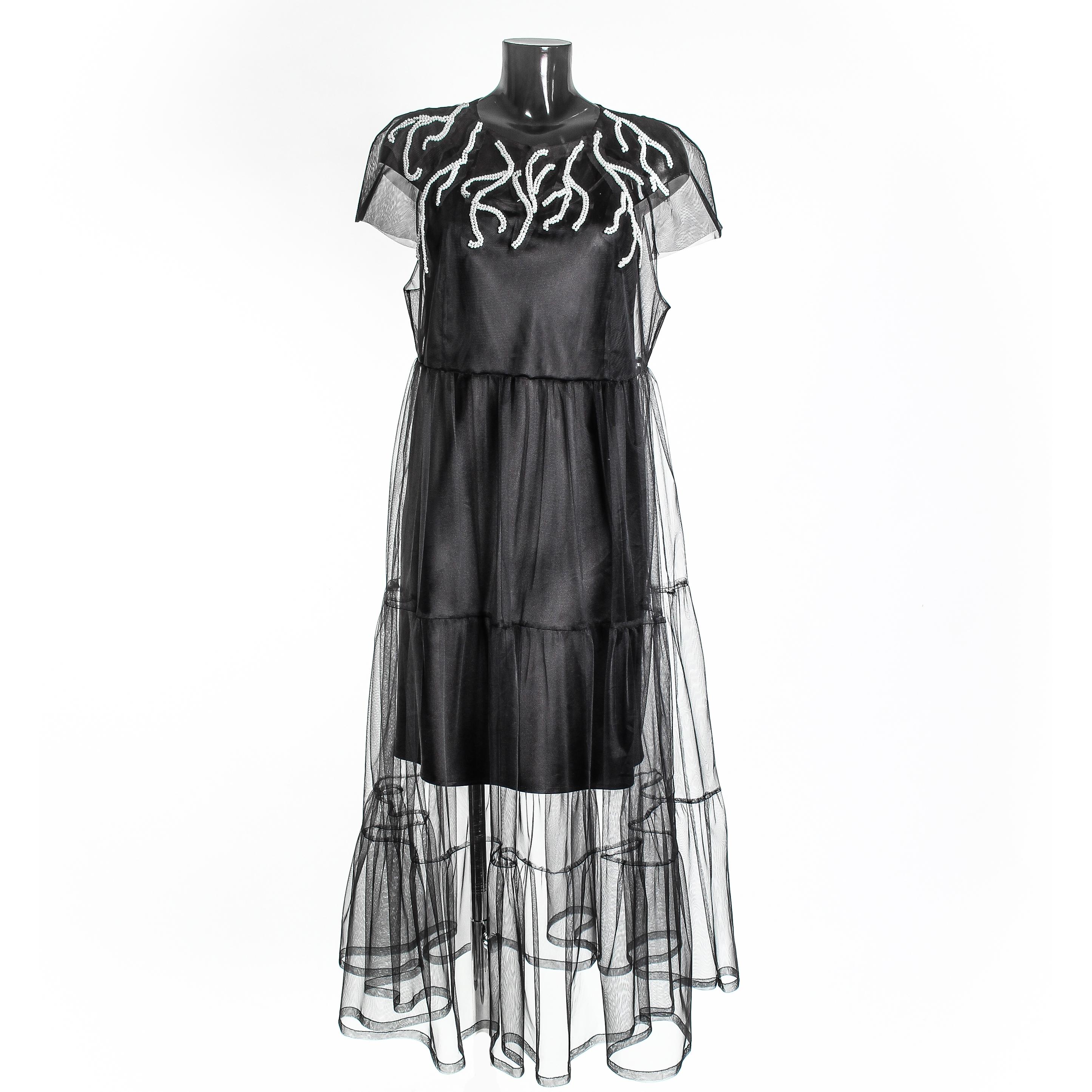 Вариант вышивки на платье