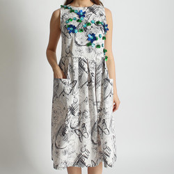 Платье из хлопка с вышивкой