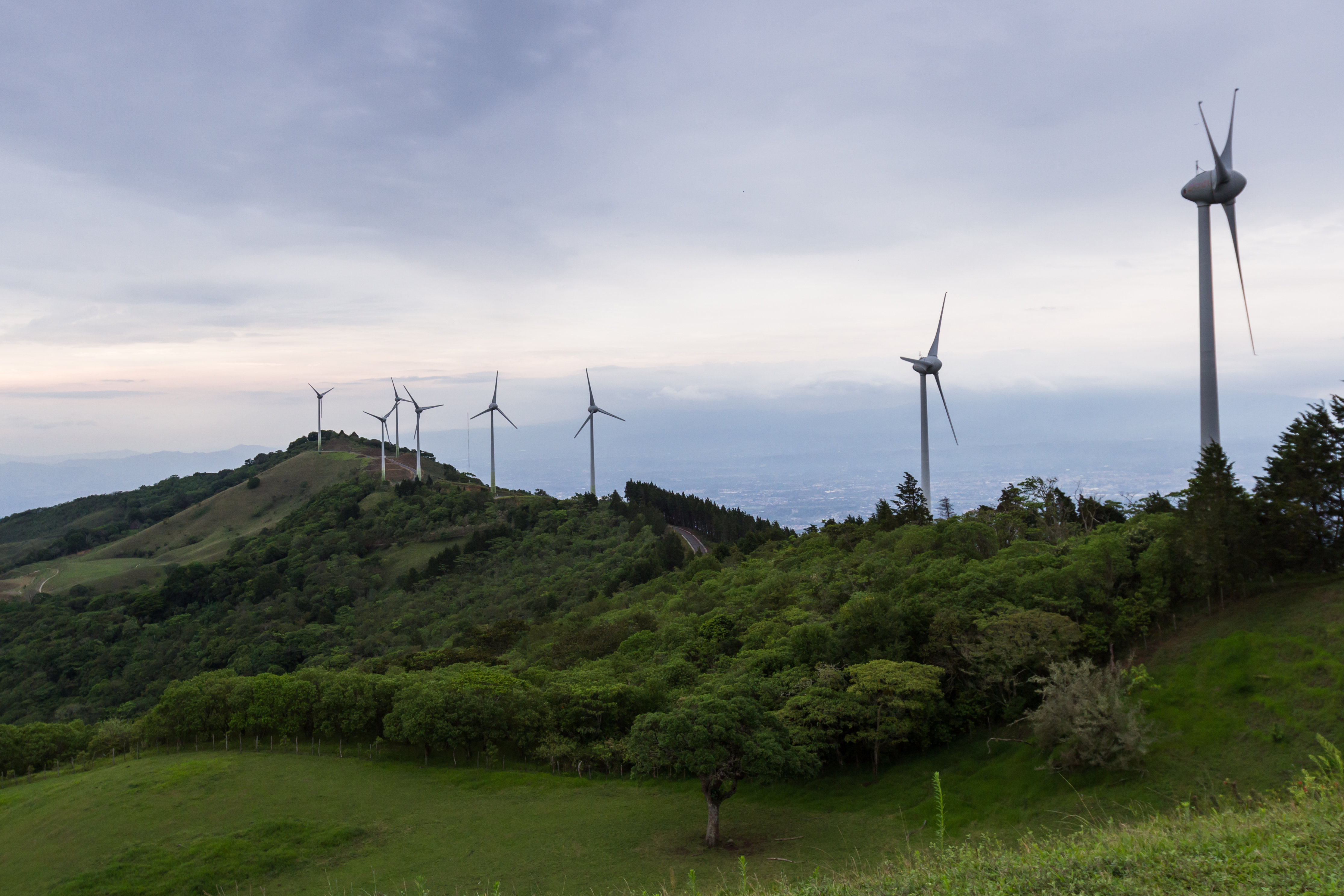 Wind-energy-943891052_4464x2976
