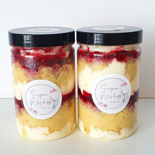 POSTAL Vanilla & Jam Cake Jar