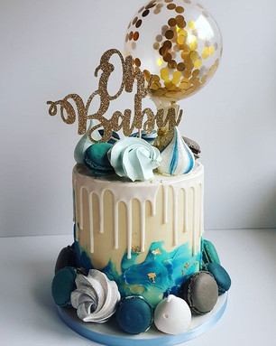 Absolutely love this style cake! #babysh