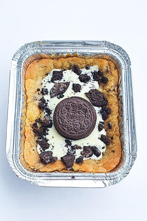 POSTAL Cookies & Cream cookie dough tray