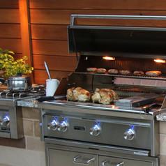 Lynx BBQ grill & side burner