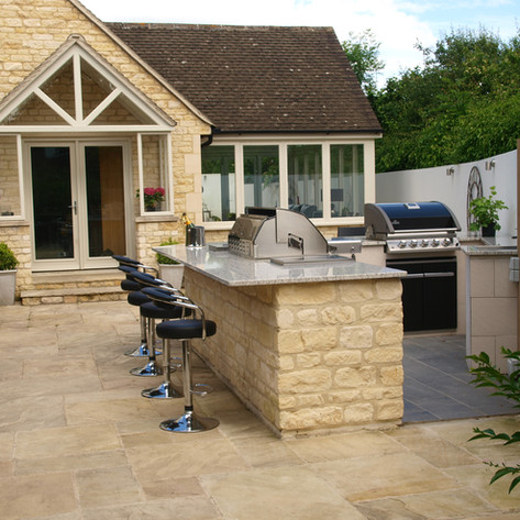 Outdoor Kitchen in Cotswold Stone