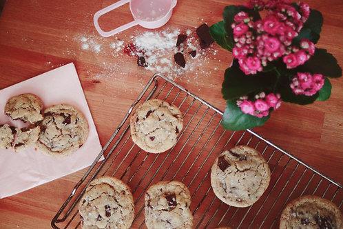 CLEOPATRA | tahini and chocolate chips cookies