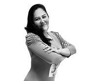 Yesenia Headshot_edited_edited.jpg
