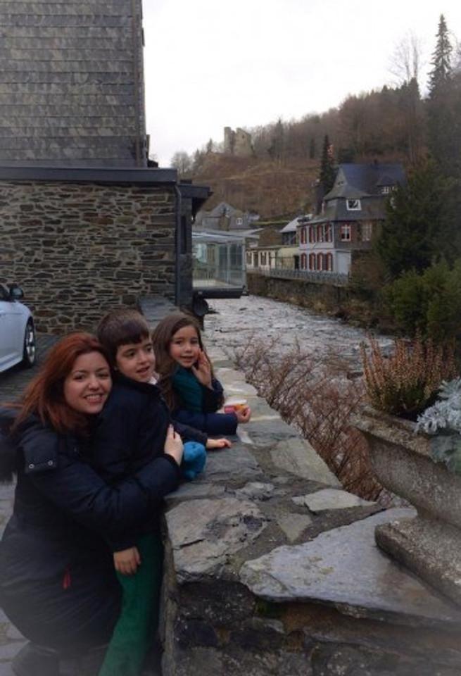 Eu, Theo e Cami em Monschau