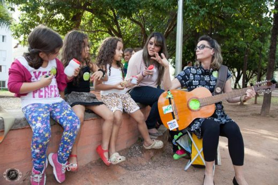O cantinho da música (Foto: Julia Baêta)
