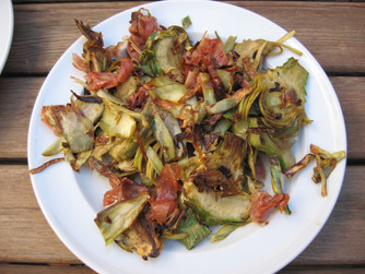 Alcachofas a la plancha con jamón