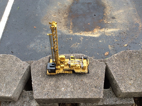 Diecast Master Caterpillar 1:50 Scale Caterpillar MD6250 Rotary Blasthole Drill