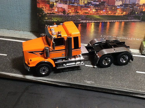 1:50 scale Western Star 4900 Tandem SB Axle w/Sleeper - Orange/Black