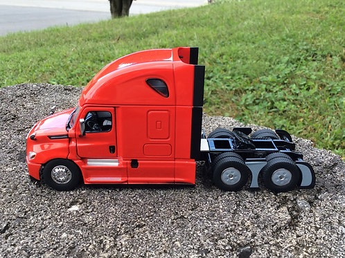 DIECAST MASTERS Freightliner Cascadia Tractor w/Sleeper - Red