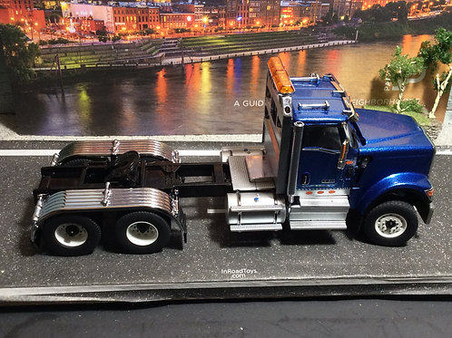 1:50 Scale International HX520 Tandem Tractor - Cab Only - Blue  71004