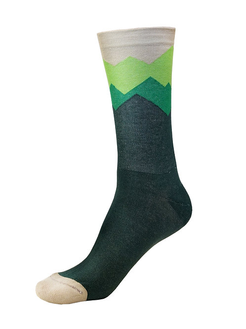 Trace Apparel Bike Socks - MOUNTAINS ARE CALLING (GREEN)