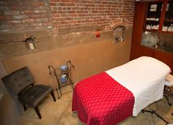 spa Room 1 - overhad (web)