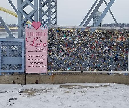 locks on bridge.jpg