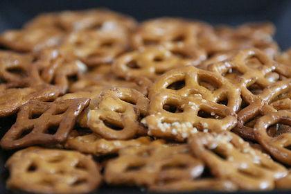 pretzel-4948564_1920.jpg