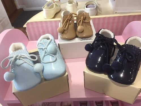 Pom shoes