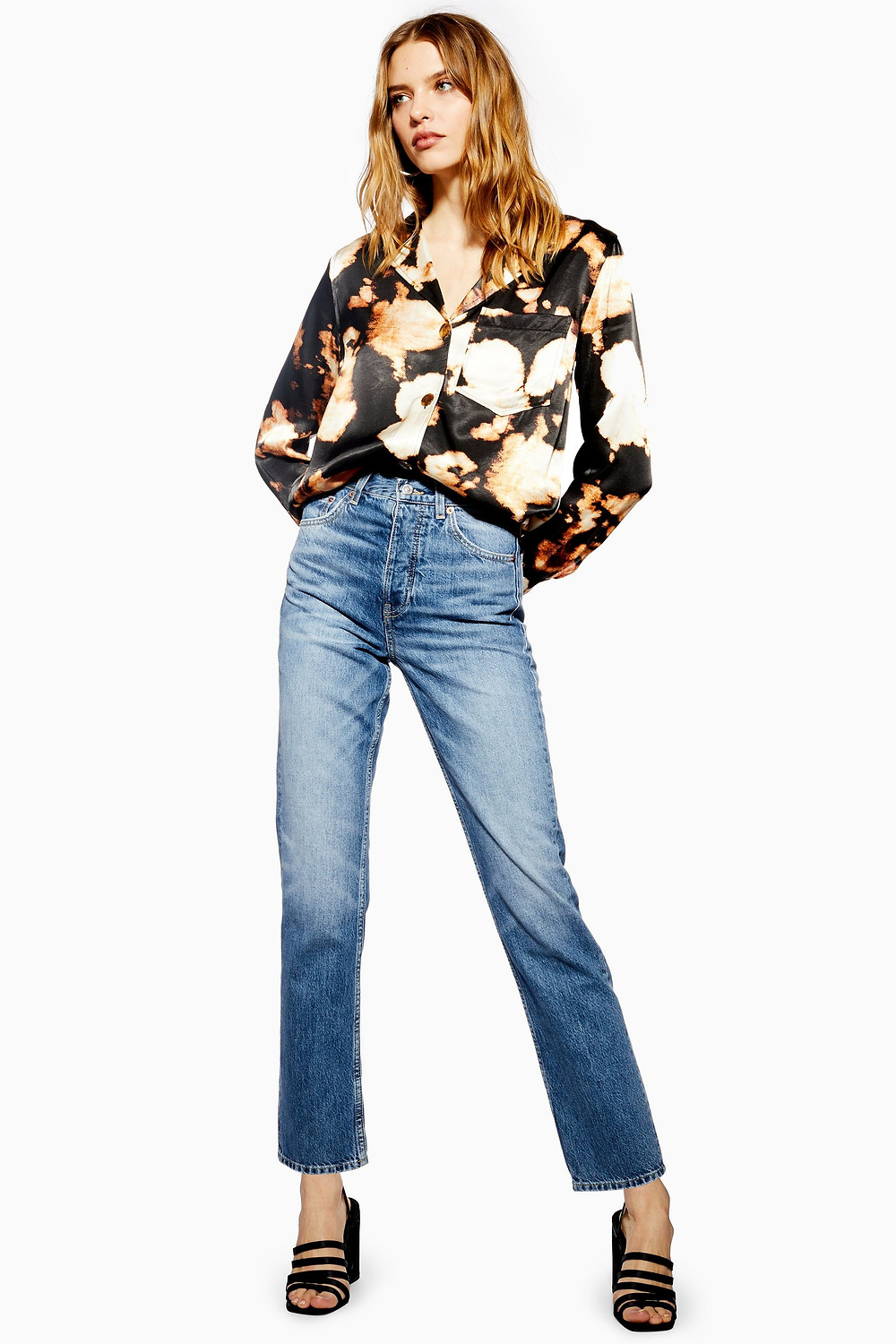 Topshop Mid Blue Editor Jeans (49£/68€)