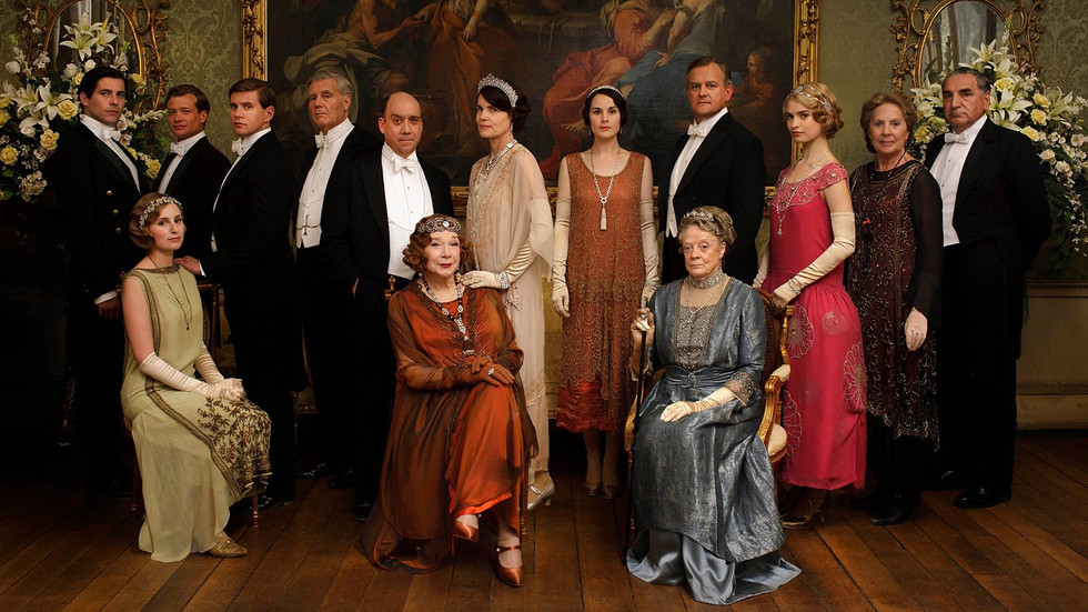 First Posters of Downton Abbey movie have just arrived