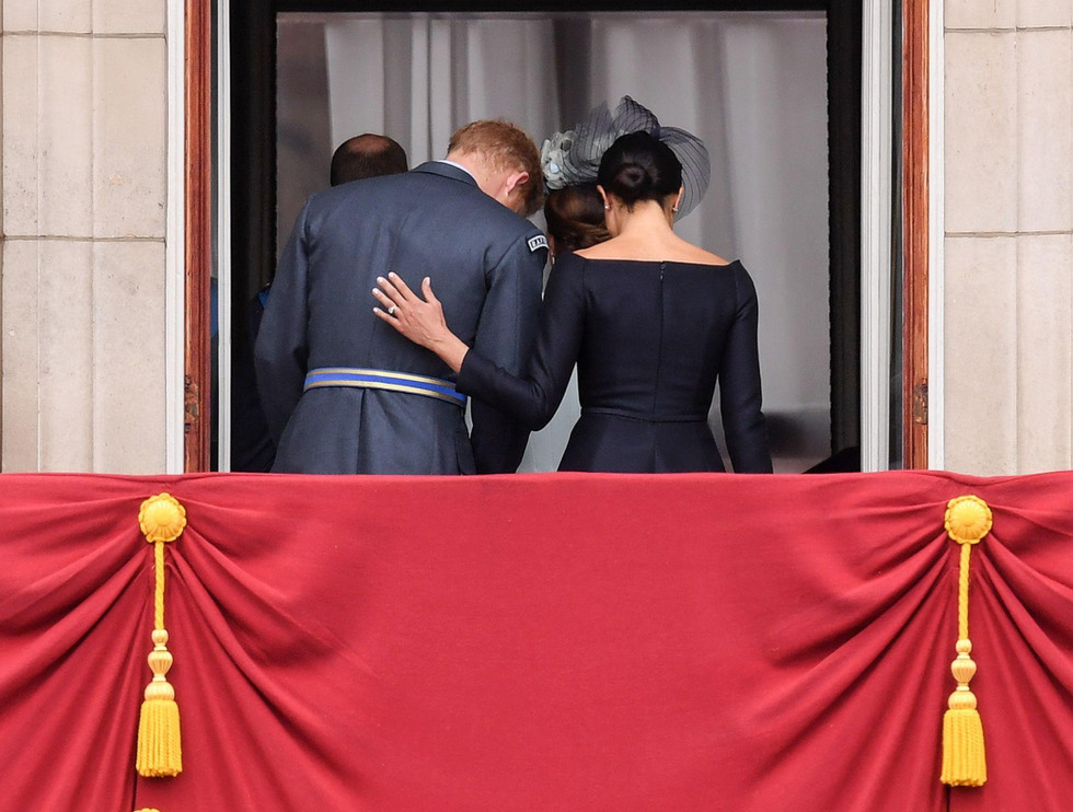 Harry&Meghan: The negotiations are on, but she's already gone