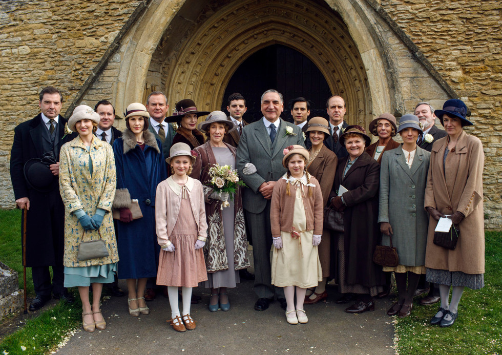 Downton Abbey concert will be hosted by Mr. Carson