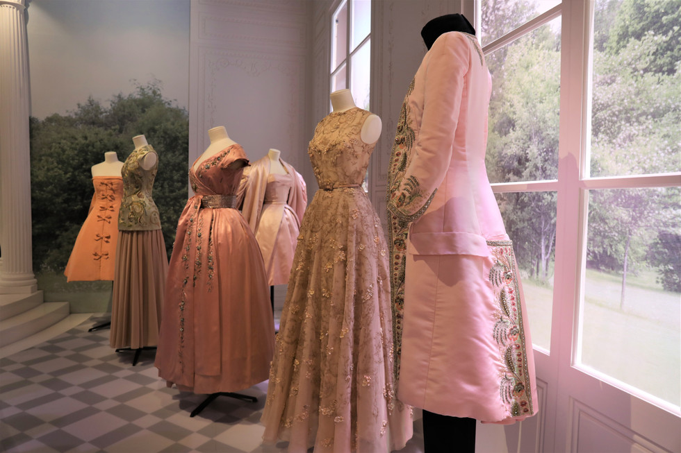 Dior's Exhibition at V&A Museum Part I | A World of Fairytales