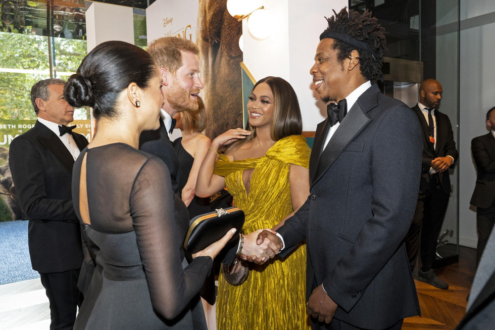 Why on earth is the world criticizing Meghan's dress and not Beyoncé's?