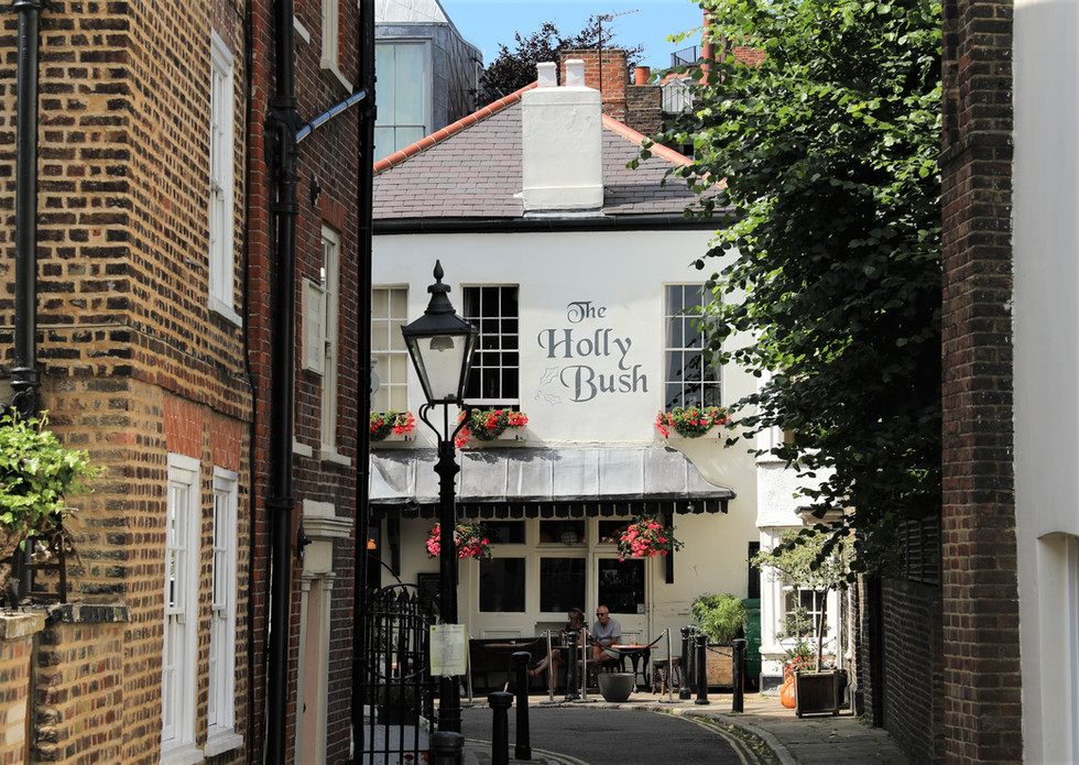 The Holly Bush: the historical pub of Hampstead