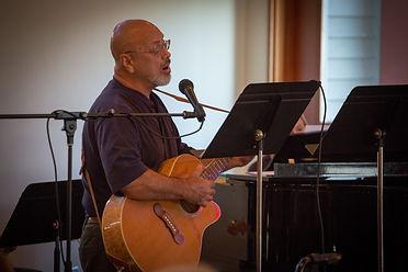 Bob at the guitar.JPG