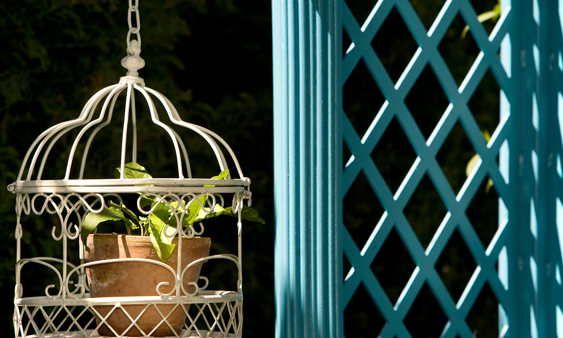 Victorian Aviary Garden detail