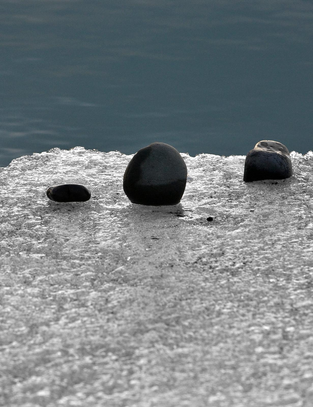 Ice and pebbles, Jokusarlon