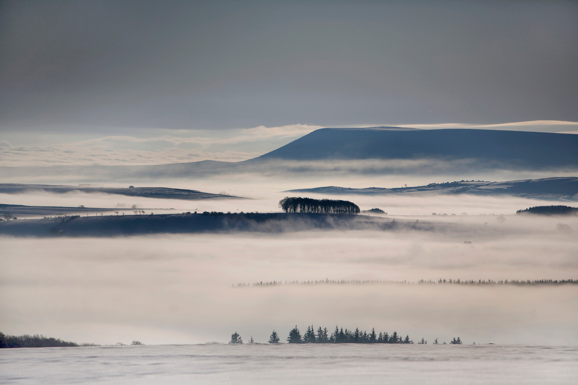 Pendle Hill, Snow and Fog