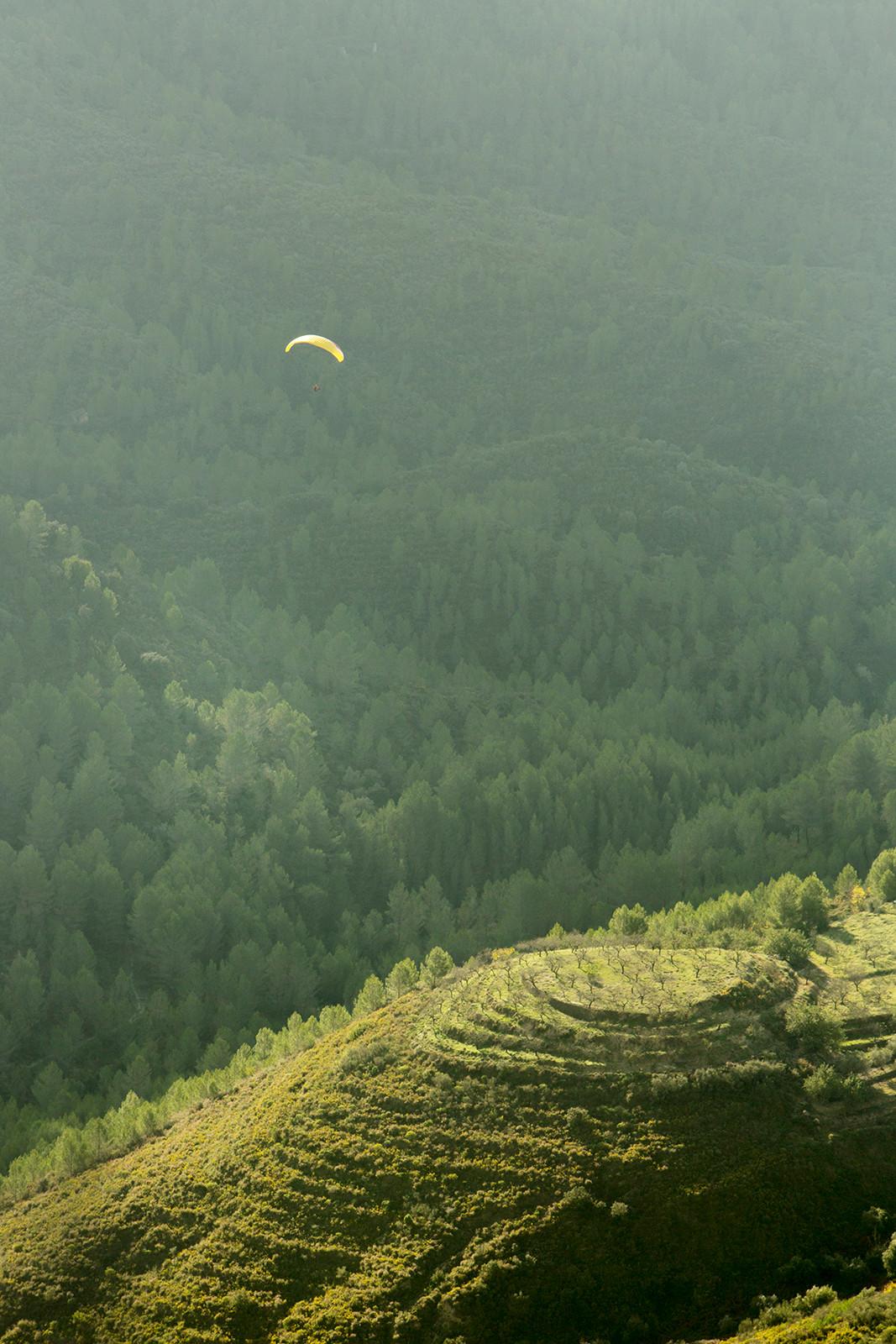 Paraglider, Sierra de Bernia, Tarbena