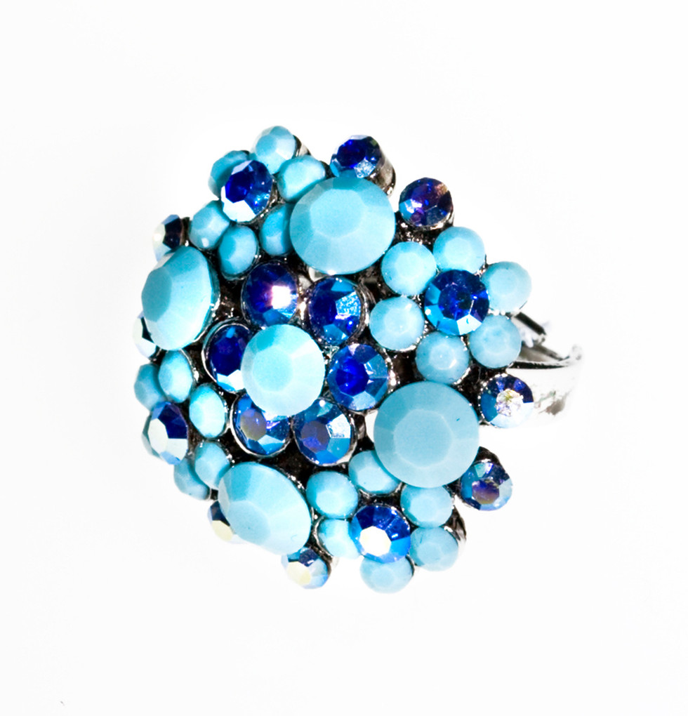 Blue beads ring